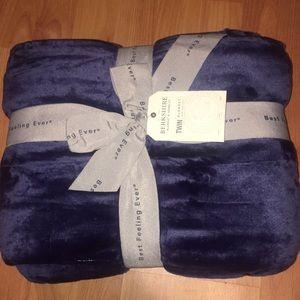Beautiful Super Soft Twin Size Blanket